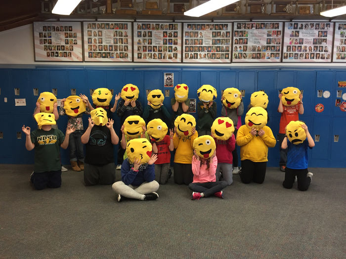 Emoji Pillow creations 6K!