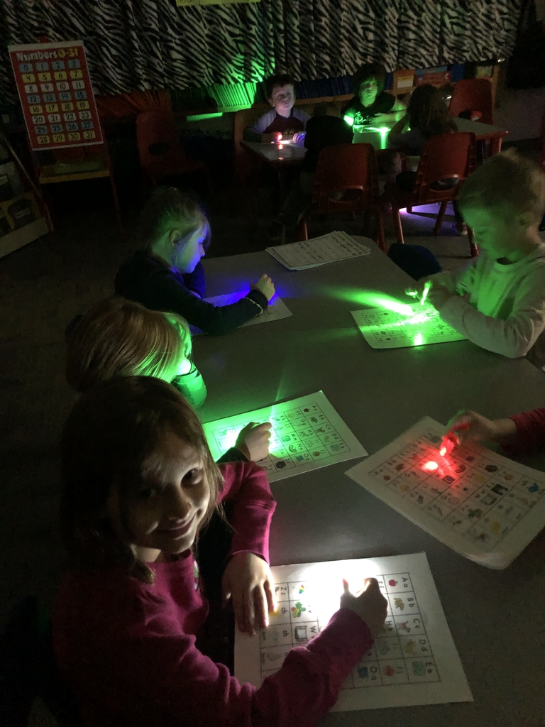 FLASHLIGHT PHONICS!