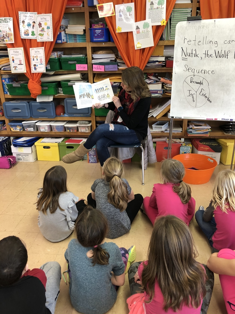 Our focus is businesses for the month of January! Alison Gibson from The Wild Side is a guest reader in Mrs. Eichhorns classroom!